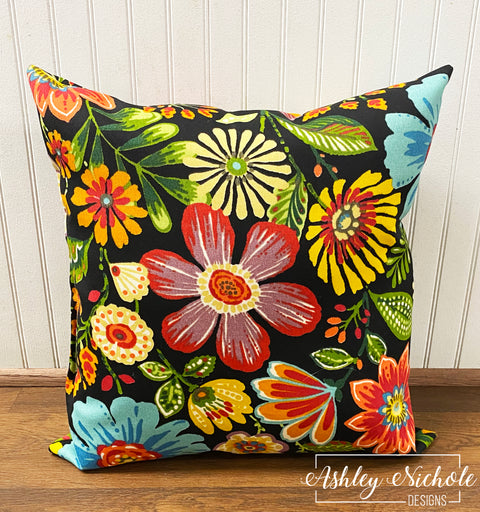 "18"" Swavelle Gregoire Pillow"