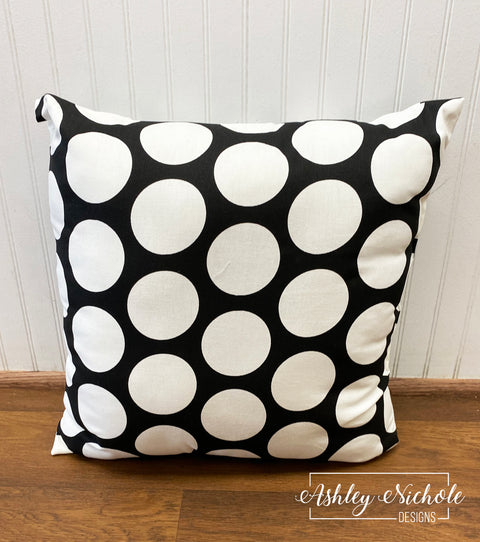 "18"" Outdoor Pillow-Dandie Large Polka Dot White and Black"