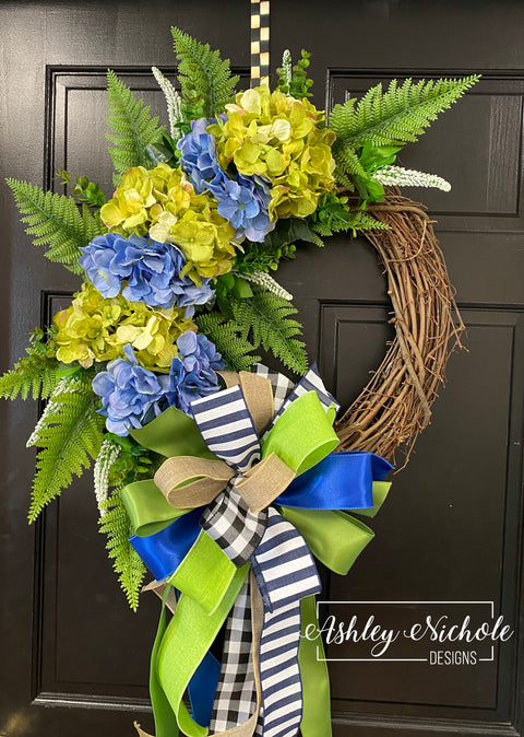 "18"" Hydrangea Floral Wreath - Blue/Green"