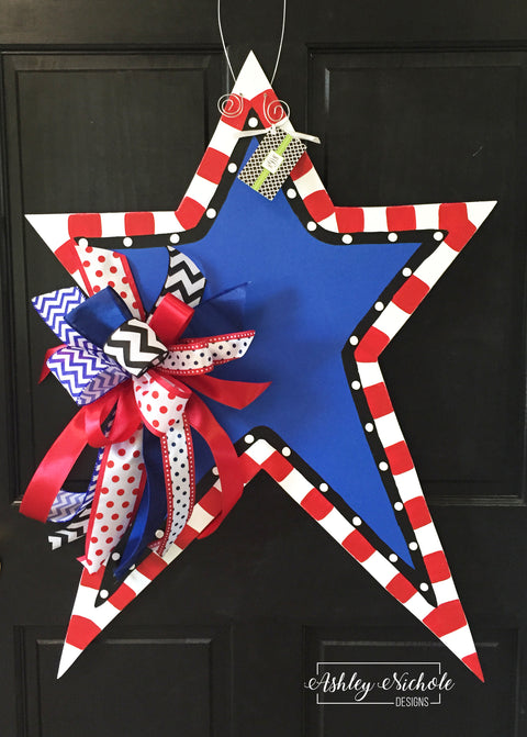 Funky Star-Large-with Blue Center-Door Hanger