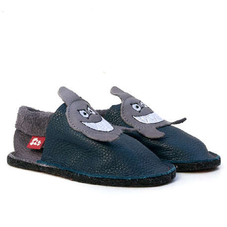 Pololo indoor slippers, shark