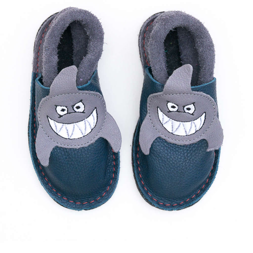 Kids' leather indoor slippers - shark