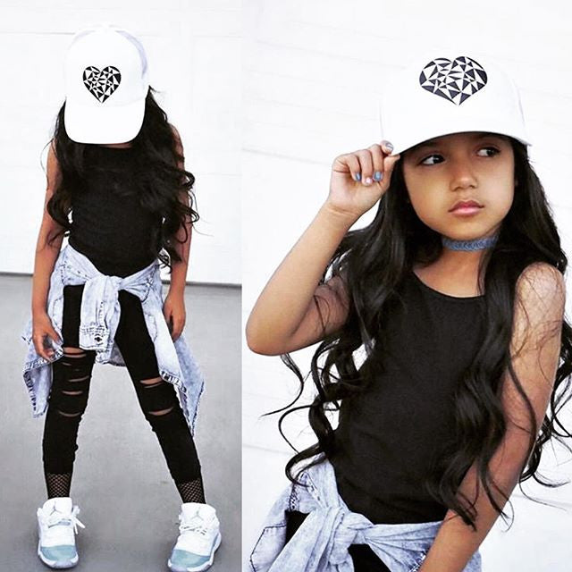 Geo Heart (all white) -Snapback Trucker Hat