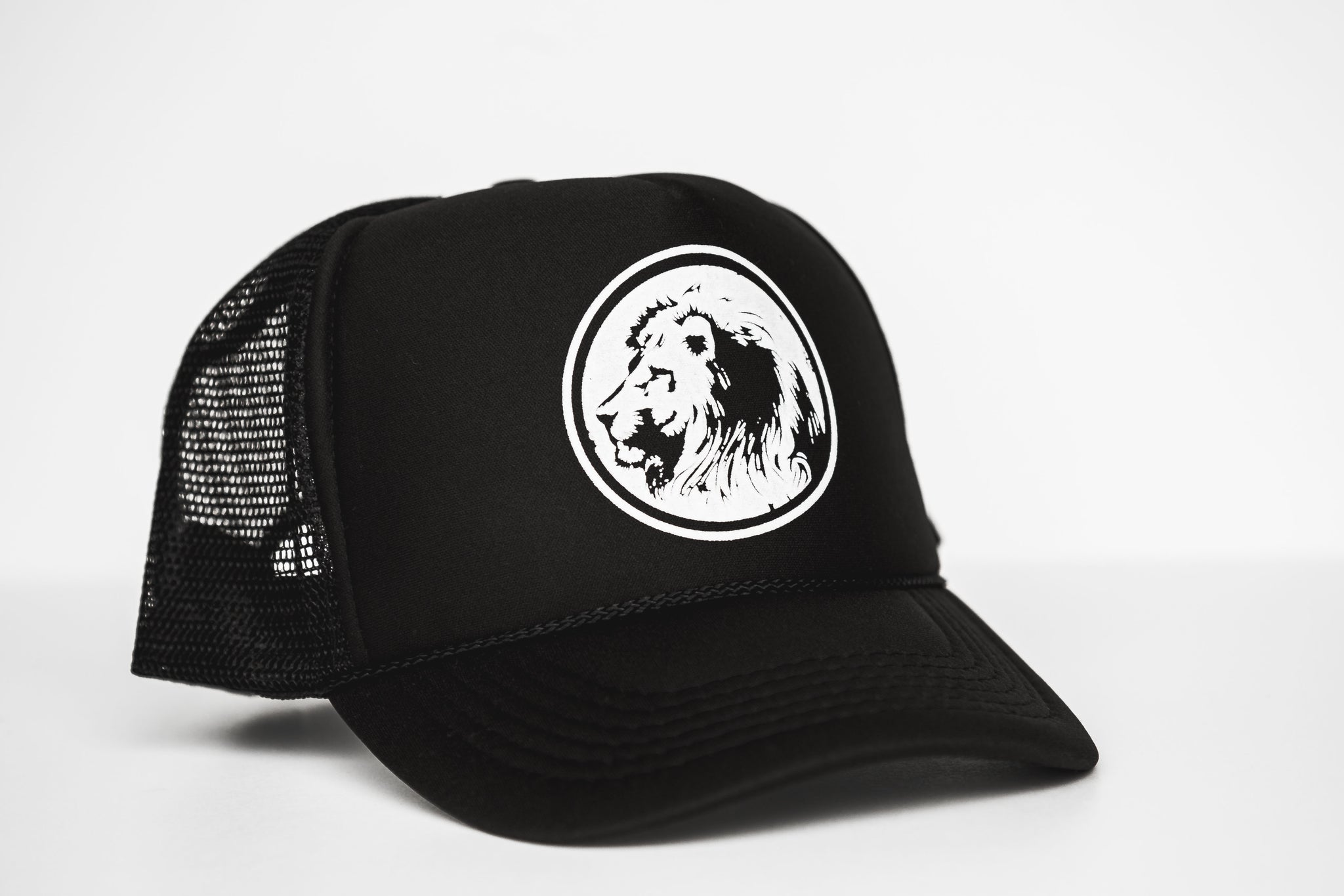 Lion - Snapback Trucker Hat