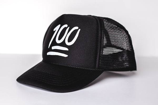 100 (black) - Snapback Trucker Hat