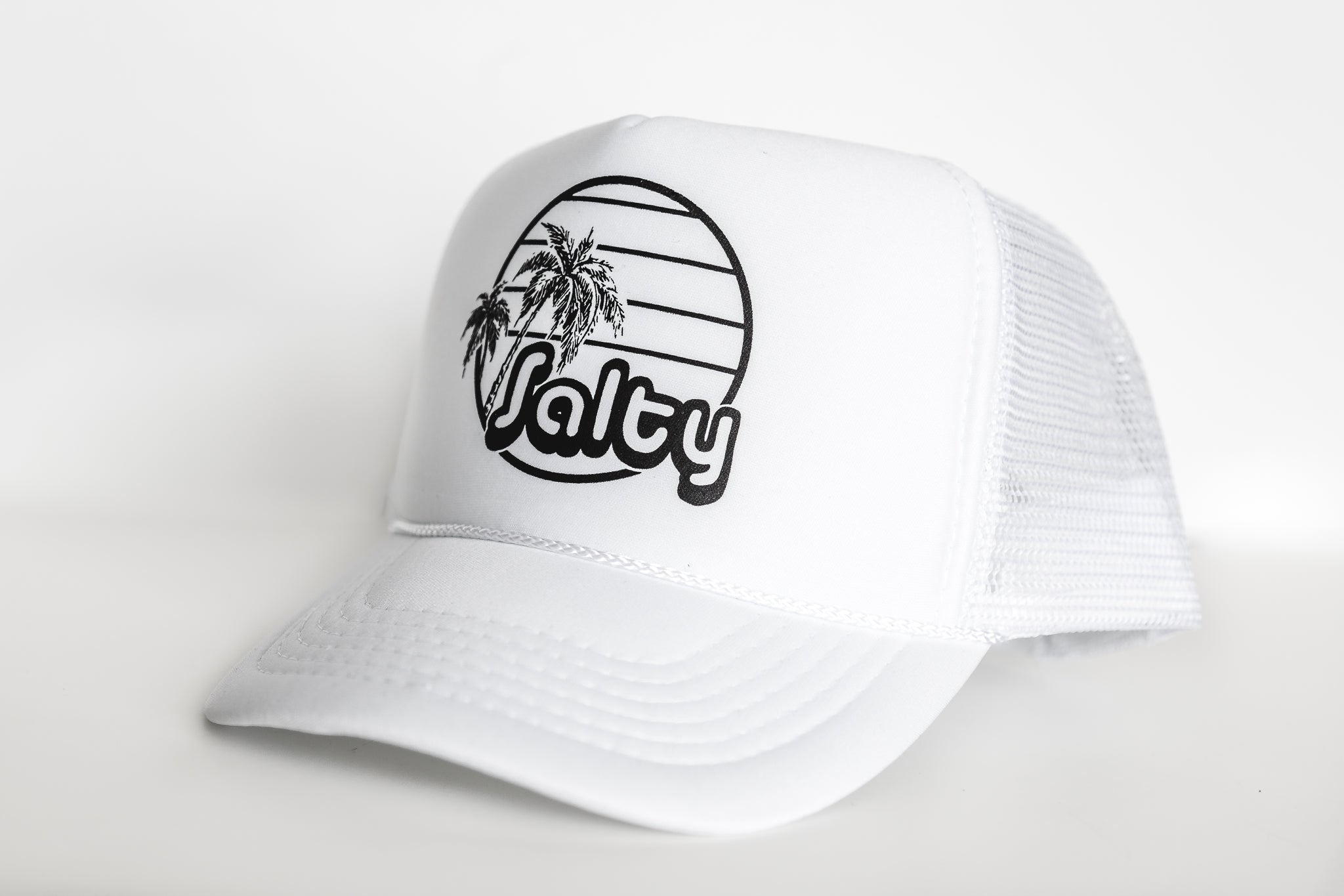 Salty (all white) - Snapback Trucker Hat