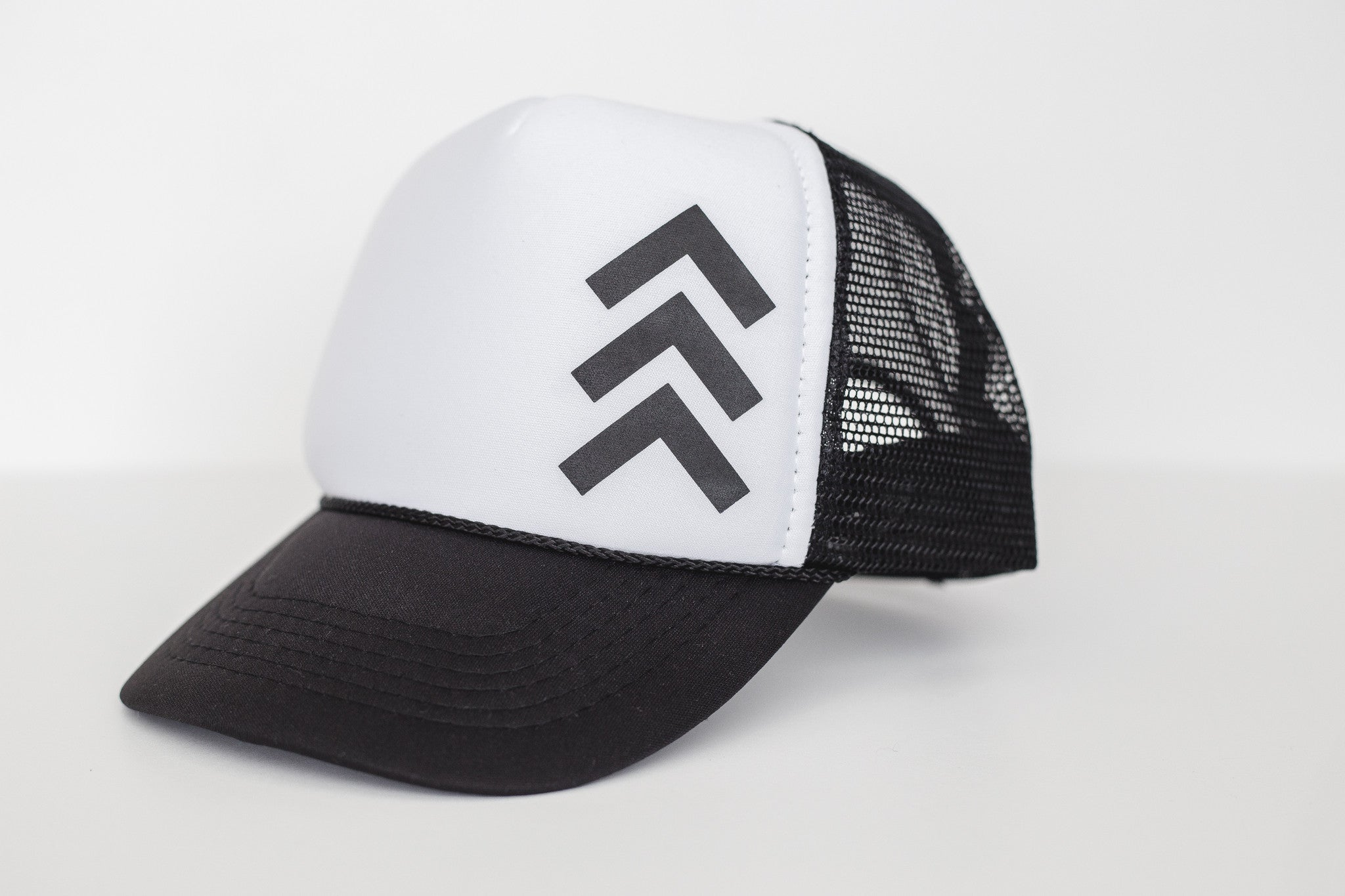 Tri (white) - Snapback Trucker Hat