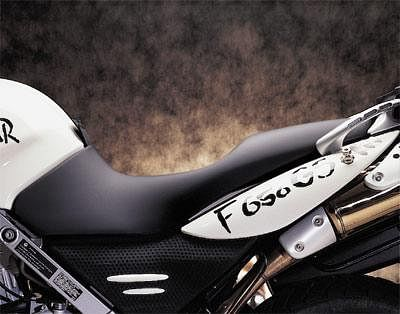 BMW LOW BENCH SEAT FOR F650GS/DAKAR 2000-2007