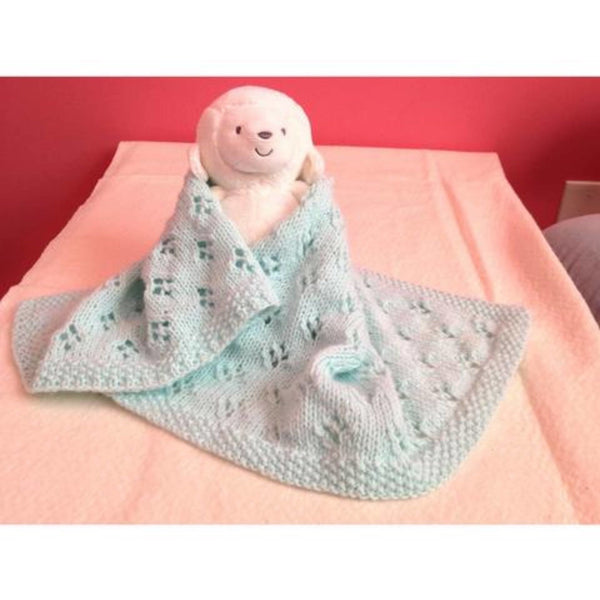 Hand knit baby blanket and hat to keep baby warm while riding around in the car - Knittins With Kittens - 1