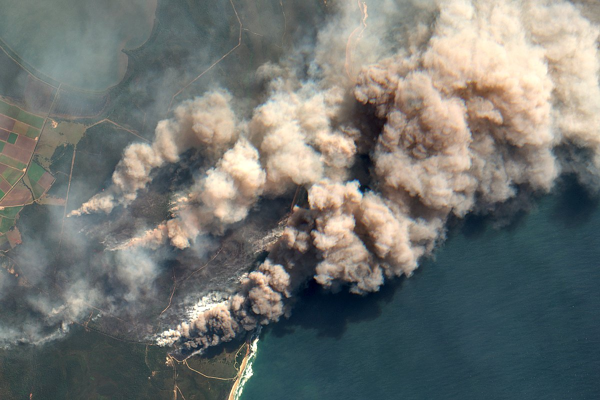 Australian bushfires as seen from space | Citizen Wolf