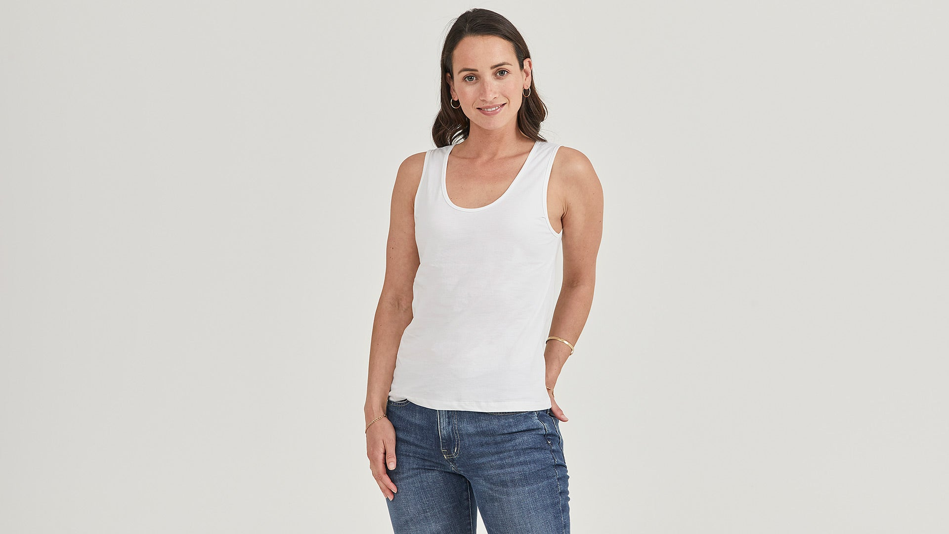 The Relaxed Scoop Tank