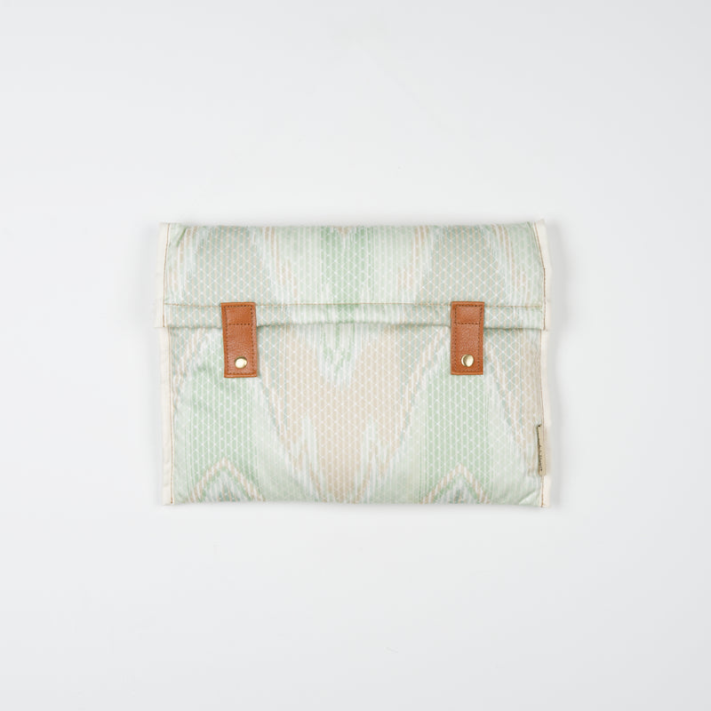 Green Waves Laptop Sleeve