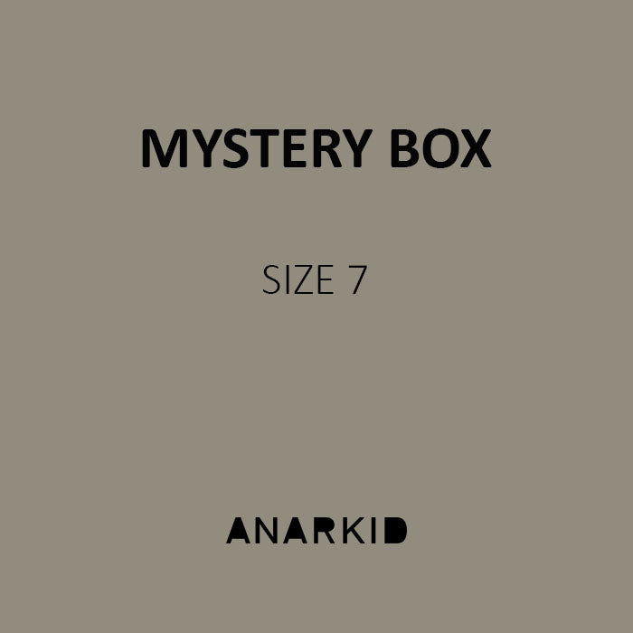 MYSTERY BOX - BOYS SIZE 7