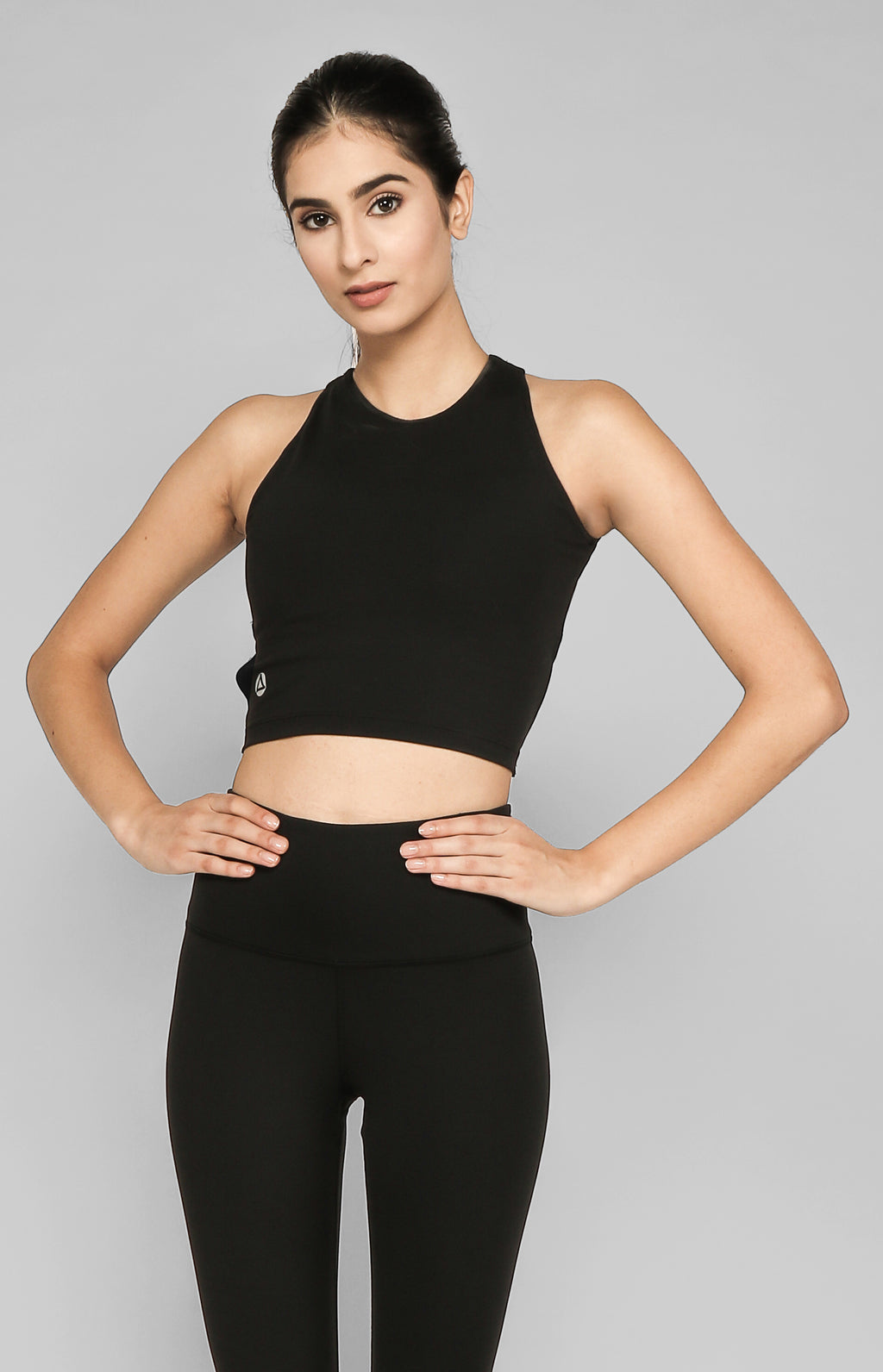 HISOKI CROPPED TOP WITH INNER BRA