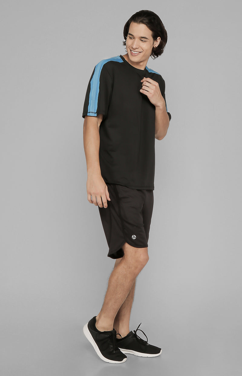 HENJI PANELED TRAINING TEE