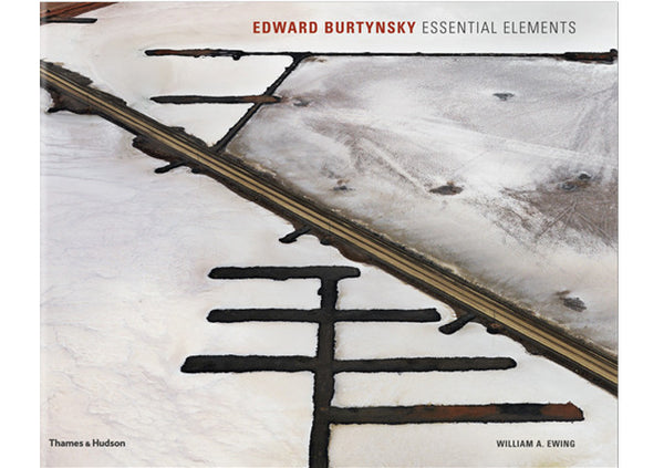 Edward Burtynsky : Essential Elements