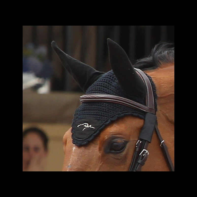 Dy'on Fly Bonnet
