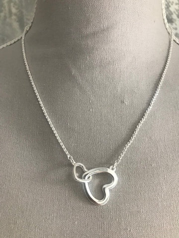 Silver Heart Link Necklace