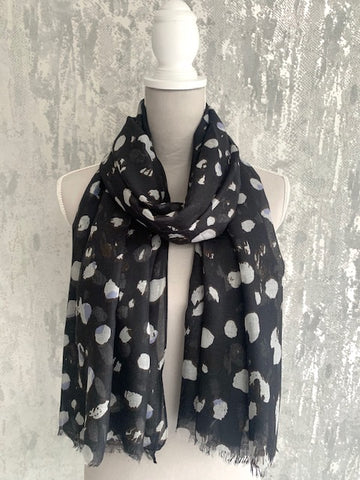 Black & White Leopard Scarf