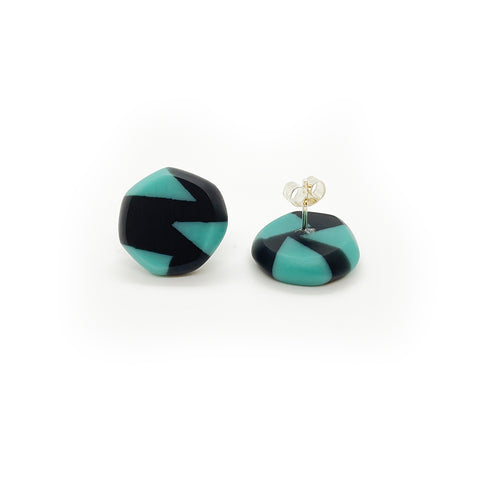 Faceted resin stud earrings
