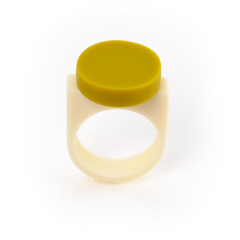 Chartreuse green disc resin ring