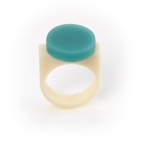 Minimalist resin ring