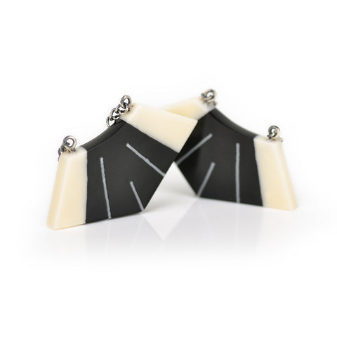 Luxor Earrings / Jet Black / SALE