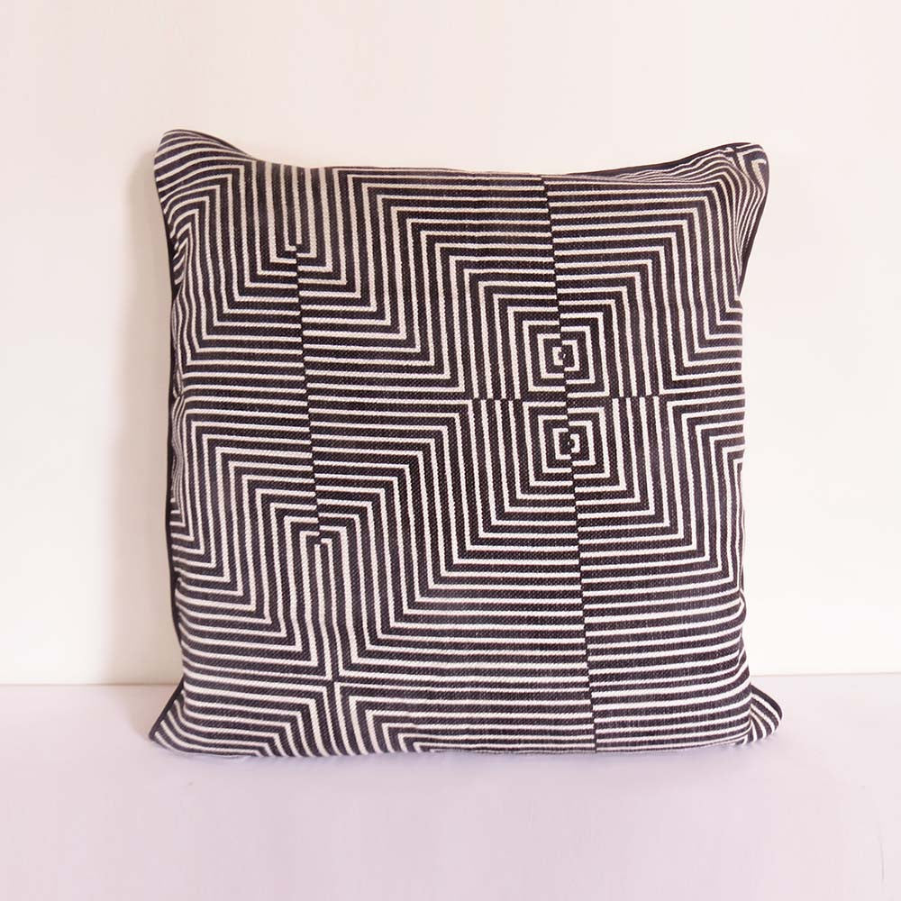Geometric Illusion Cushion Cover - The Chic Pad