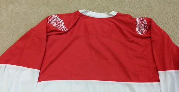 Detroit Red Wings OFFICIALLY LICENSED CCM ALUMNI Jersey