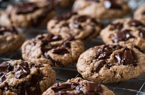 Large Oatmeal Chocolate Chip Cookies