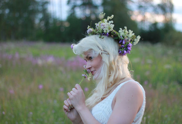 wild flowers and Annika Hannus