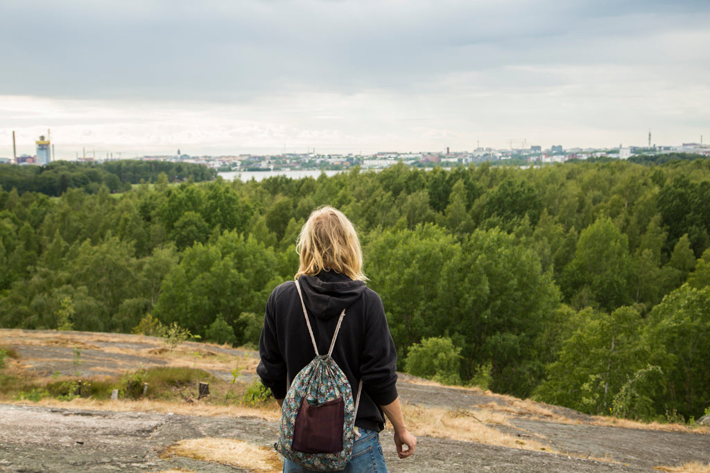 Picture of a Nordic man gazing an archipelago view in Helsinki sight