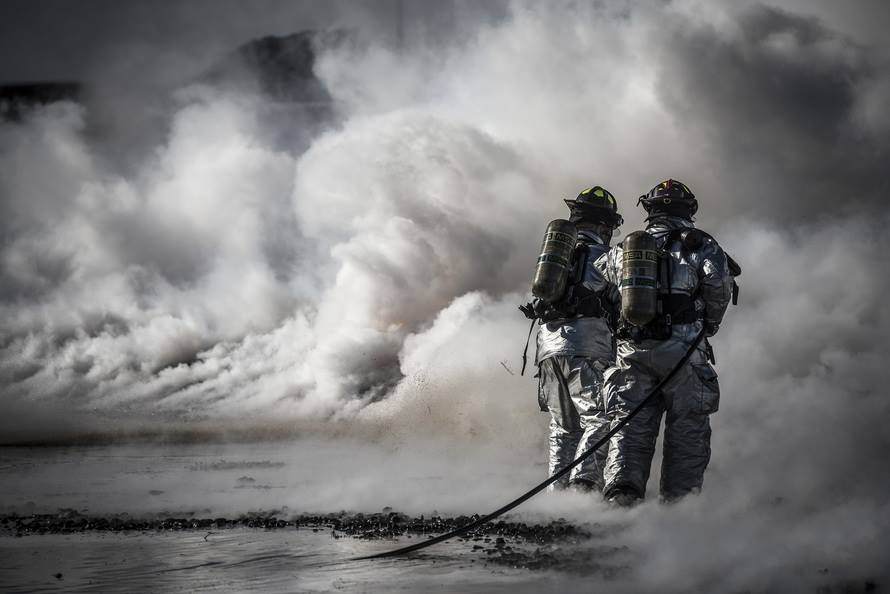 trayvax-what-is-a-first-responder-firemen-fighting-fire