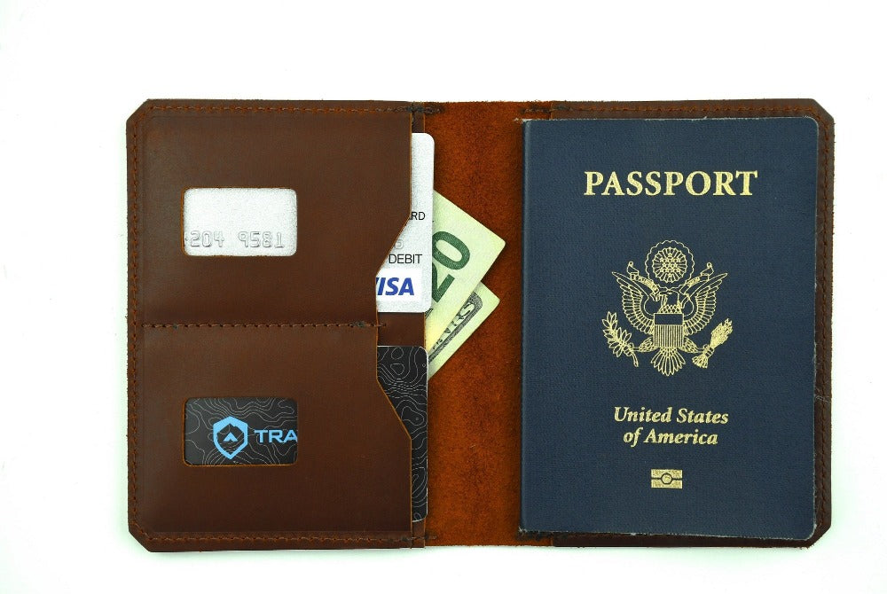 trayvax-best-travel-wallet-2020-explorer-passport