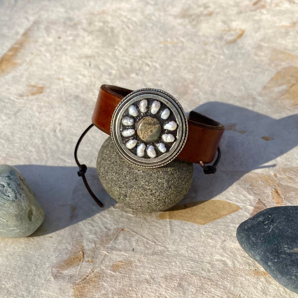 """Earthy Daisy"" Mosaic and Handmade Leather Cuff/Bracelet (108)"