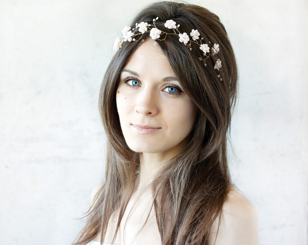 Flowers hair accessory