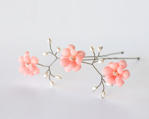 82_ Coral flowers, Hair flowers pin, Bridal hair pin, Pink flowers.
