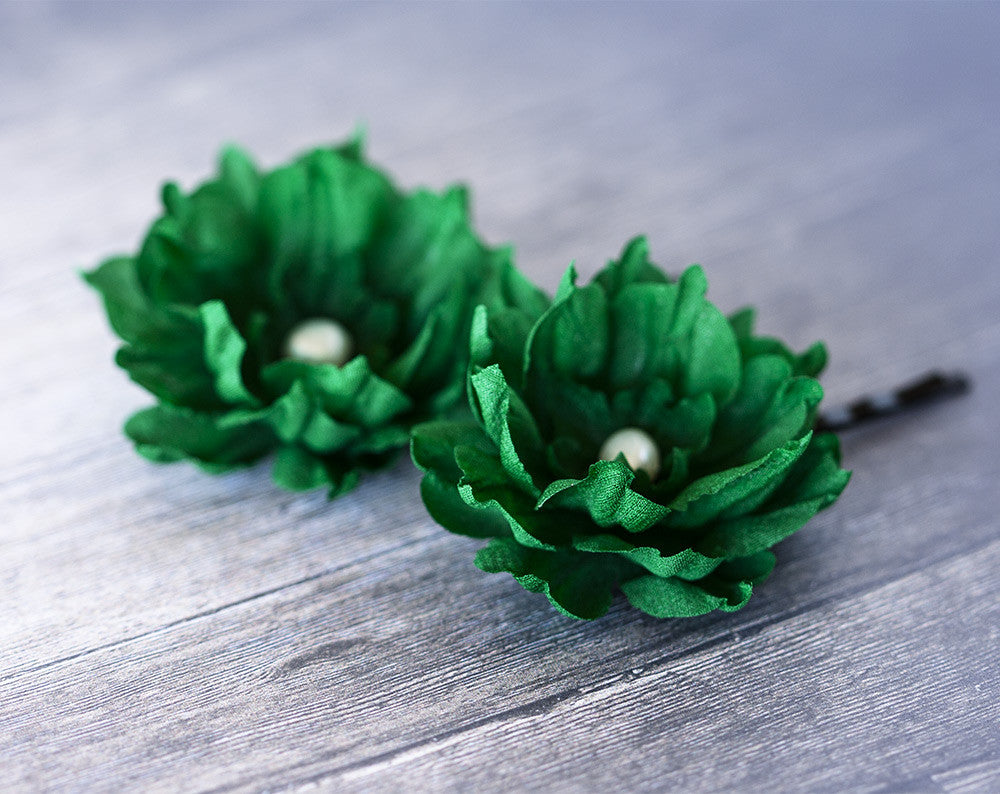 714_Green floral hair pins, Emerald green hair accessories.
