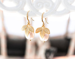 741 Gold plated leaves earrings, Bridesmaid pearls gift earrings