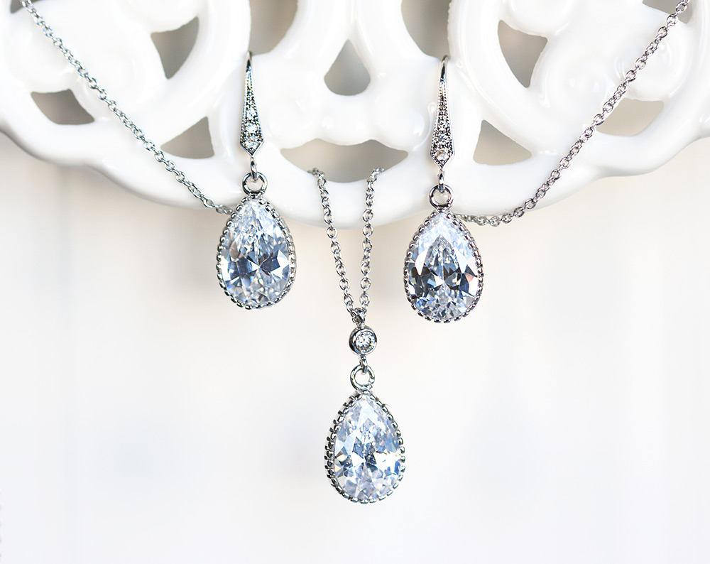 418 Crystal jewelry set CZ, Silver earrings, Teardrop necklace