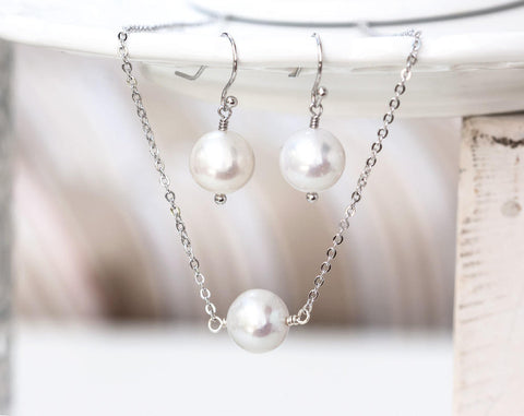 748 White pearls set, Silver earrings and neclace set. Minimal