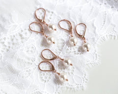 Rose gold earrings Bridesmaid earrings Bridesmaid jewelry set Pearl drop earrings Minimal earrings Wedding jewelry set SWAROVSKI pearls 940.