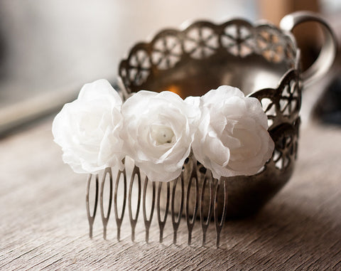 71_Wedding hair comb, White hair comb, Bridal hair accessories, Wedding head piece, Hair flowers, Wedding hair accessory, Bridal flower comb