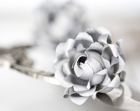 778_Gray flower, Grey flower, Ring, Flower ring, Floral ring, Gift ideas, For her, Ring for girl, Ring for woman, Gift for her,  jewelry.