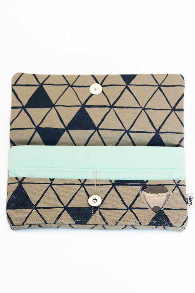 Tan Canvas Triangles Zipper Fabric Wallet