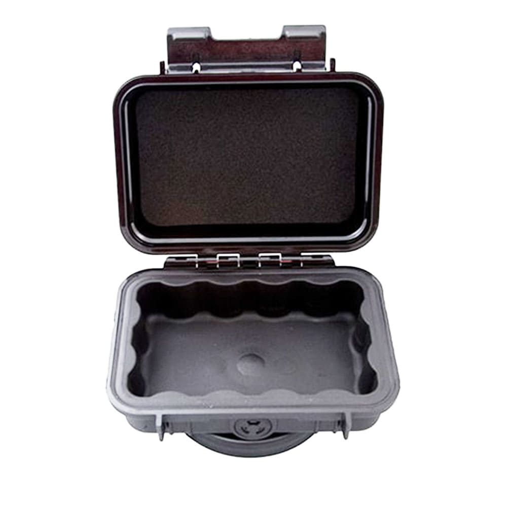 Magnetic case for GPS tracking unit
