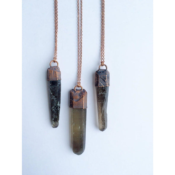 Raw smokey quartz necklace | Raw quartz necklace | Large Smokey quartz necklace | Crystal pendant on copper chain | Rough smokey quartz