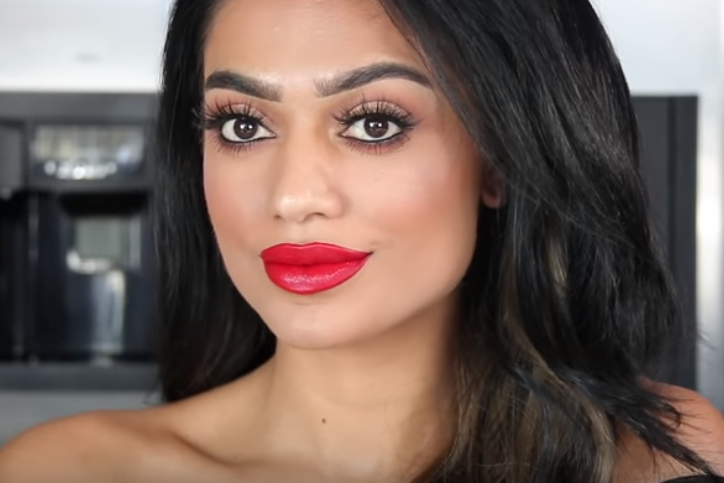 Easy Gorgeous Holiday Makeup Look with Aeroblend 2.0