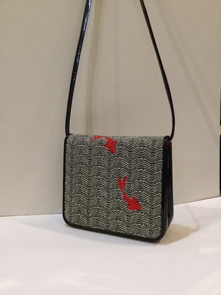 Waves with Red Fish Purse
