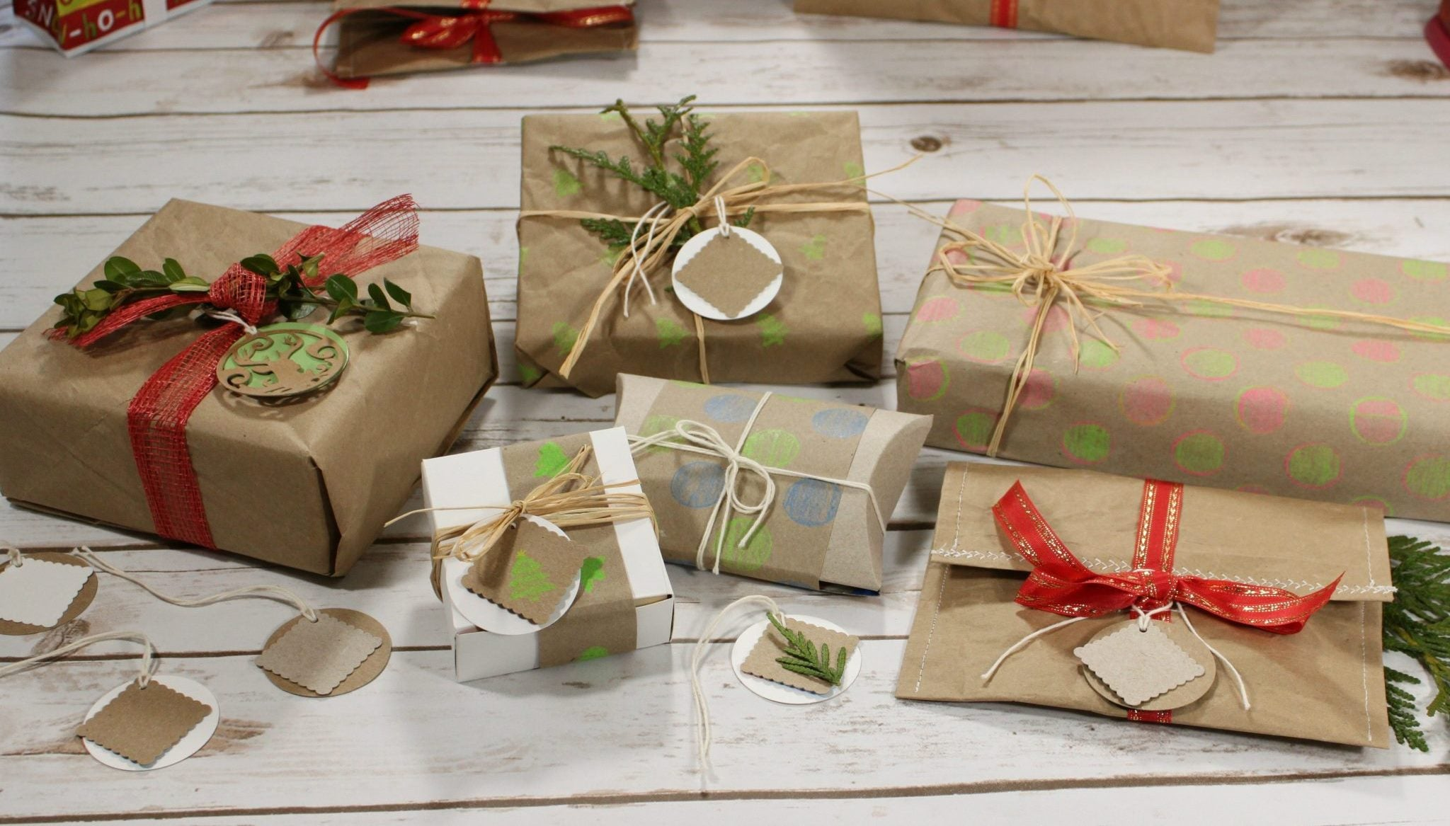 recycled eco-friendly gift wrapping